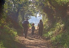 A family walk to Cawsands Bay. Photographer Lloyd Chilcott, Plymouth.